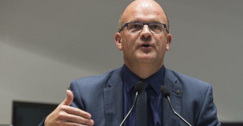 صورة عضو في مجلس الشيوخ البلجيكي يطالب حكومة بلاده بموقف إزاء الوضع في سجون البحرين