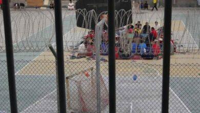 صورة الخطر يداهم سجن جو في البحرين.. أكثر من 120 إصابة بين صفوف معتقلي الرأي